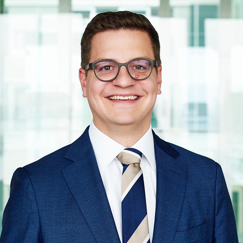 Dr. Moritz Petersen