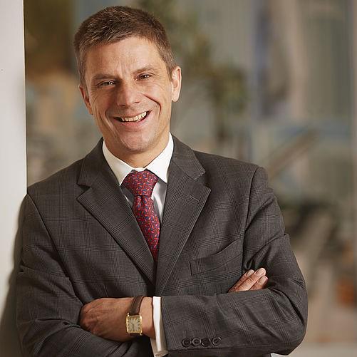 Dr. Erich Schiffers